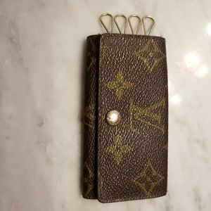 Vintage  Louis Vuitton vintage key holder